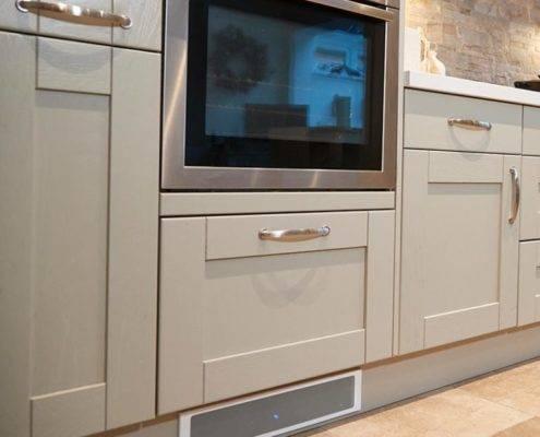 contralto-bluetooth-soundbar-kitchen-white-fascia-